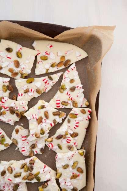 Peppermind pistachio bark_1000 threads